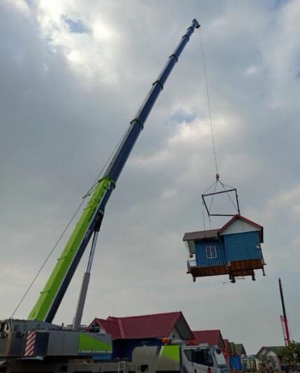 成都吊车出租220吨吊装房屋-【成都吊车出租】