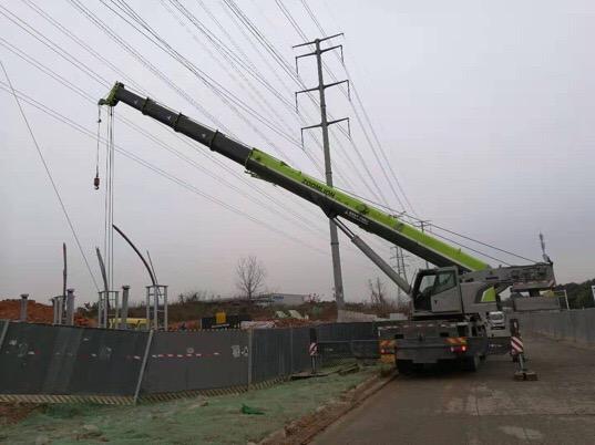 成都80吨设备吊装-【成都吊车出租】