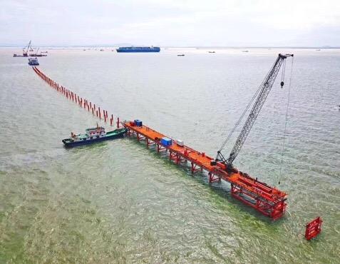 川南闲置55吨履带吊一台-【成都吊车出租】