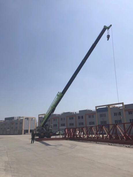 成都吊车出租25吨5节臂-【成都吊车出租】