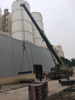 成都200吨汽车吊拆卸罐子-【成都吊车出租】