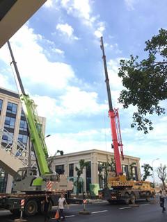 成都吊车出租两台25吨吊车合作-【成都吊车出租】